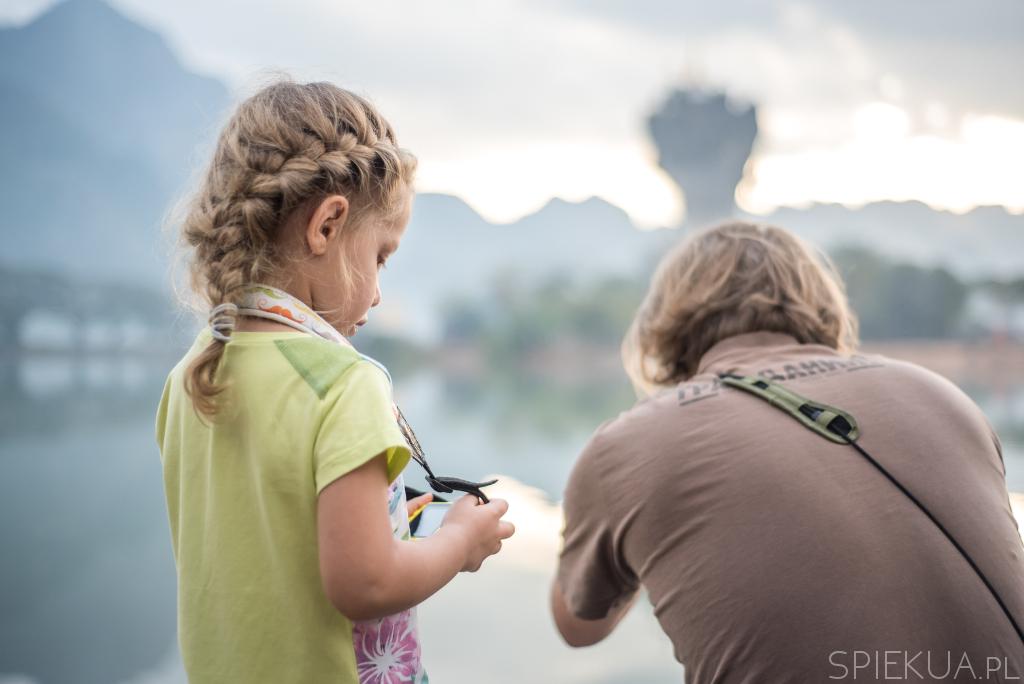 Birma z dzieckiem