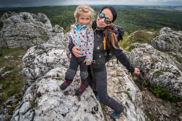 jak ubrać dziecko w góry
