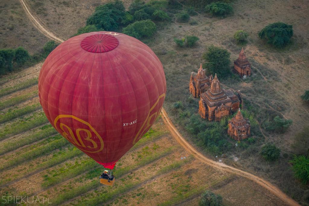 lot balonem w bagan ile kosztuje