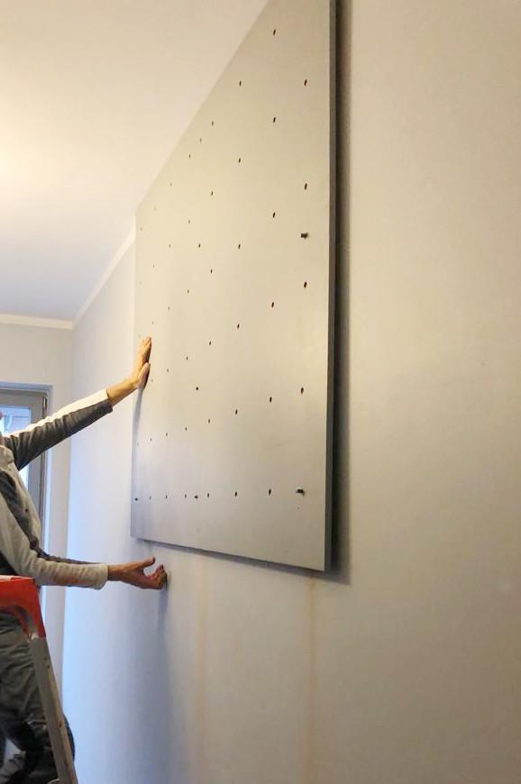 montaż ścianki wspinaczkowej