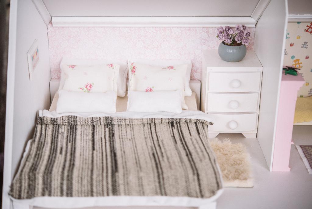 łóżko dla barbie
