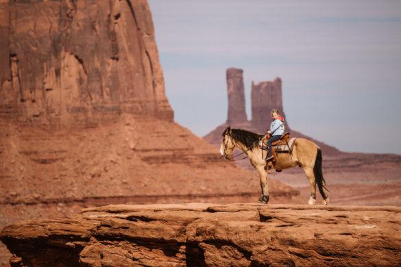 Monument Valley konie